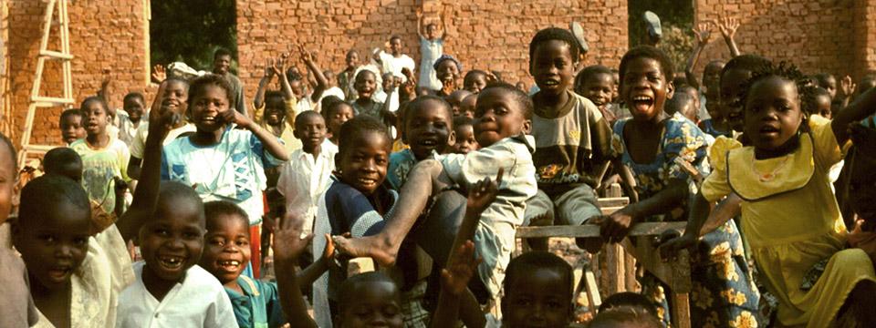 Toutes les photos et vidéos d'Enfants du Monde