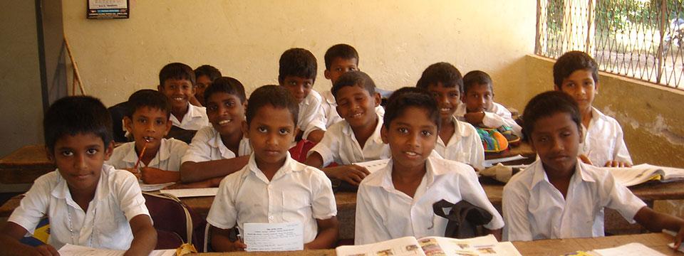 Page des projets d'Enfants du Monde au Sri Lanka