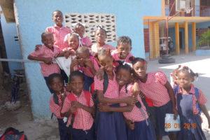 Des enfants de l'école de Gonaïves